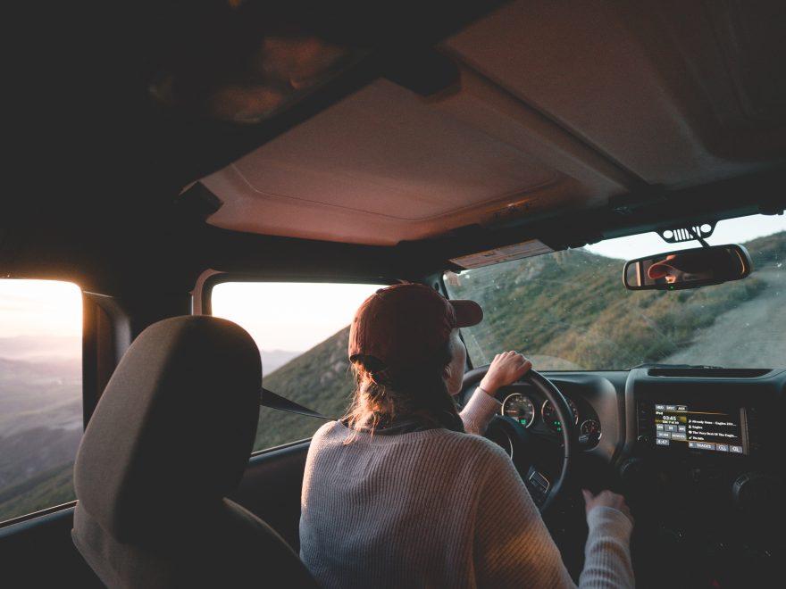 wearing seat belt on road trip